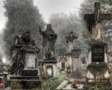 Stull cemetery: la porta dell'inferno
