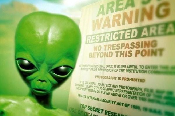 Teoria del complotto sugli UFO